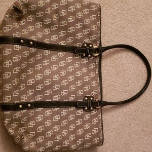 Dooney and Bourke tote purse